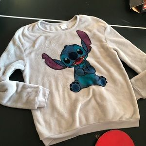 Disney Lilo & Stitch Sweatshirt Medium (box lunch)